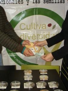 120413 Intercambio-Venta Semillas RAS Sevilla (25)